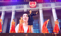刘一祯演唱《永远跟党走》主题曲