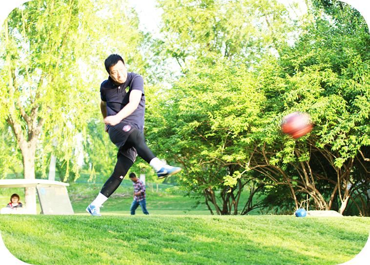 足球高尔夫