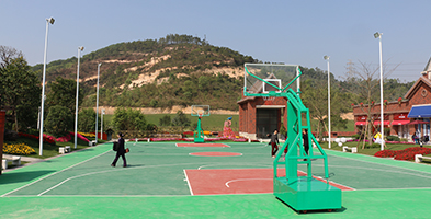 篮球场灯杆