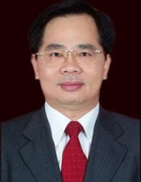 周漢基:主任,主管本漢基律所和律師團隊全面工作。