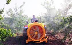 悬挂式风送果园弥雾机