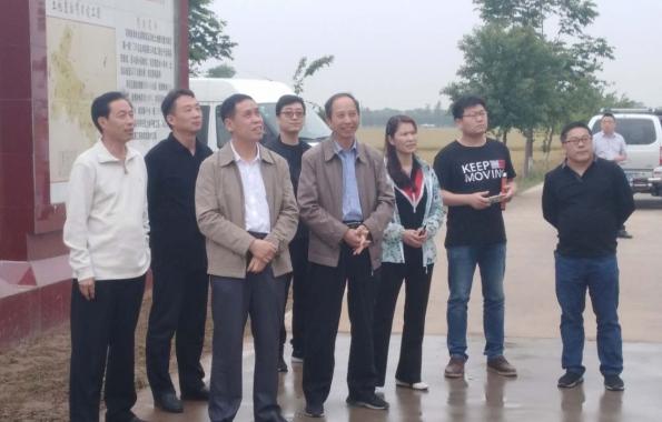市政府蔬菜办带队赴新乡市延津县考察学习绿色食品标准化原料基地创建及三品一标认证工作经验