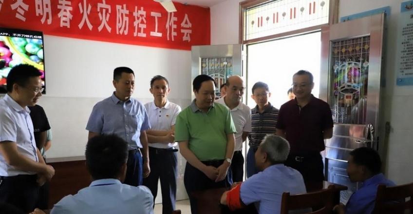 省民政厅厅长刘金接调研湖口县养老服务工作