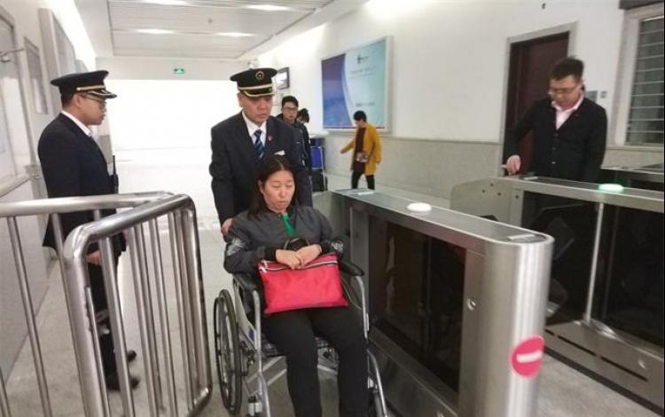 暖心!白沟站为患病旅客搭就顺畅回家路