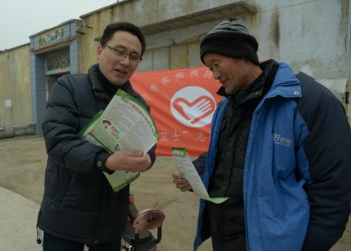 市疾控中心走进农村面对面指导群众预防一氧化碳中毒