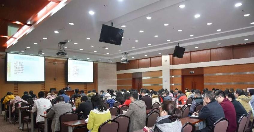 海思創總經理楊斌在福州高新區主講高新技術企業認定申報知識