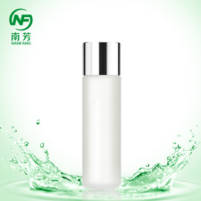 蜗牛卸妆乳霜 | 适用于强附着型亲油性色料上妆品,而不易用水清除者;粉质型上妆品;未完全分泌性油脂,堵塞毛孔症状者。