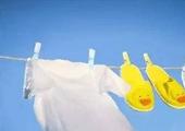 衣服上的脏东西 用对方法轻松清理