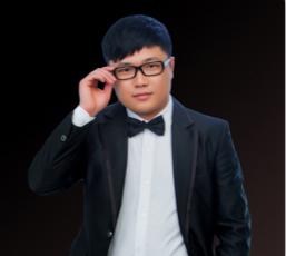 首席设计师:胡昌松