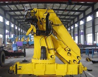 12吨折叠臂随车起重机(SQ12ZA4)