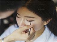 萍萍老师告诉你婚礼当天的化妆的那些事