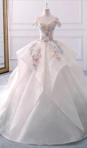 2018夏季新款公主夢幻奢華一字肩手工珠繡齊地大拖尾婚紗