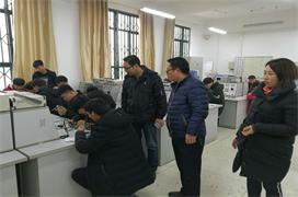 汽车服务专业部举行汽车维修技能竞赛活动