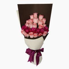 玫瑰11枝,粉色勿忘我0.3扎