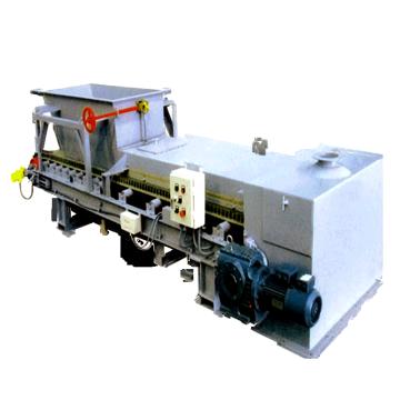 MD-GLj-B型 半封锁称重给料机