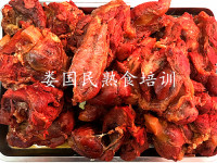 卤牛肉的做法及配料