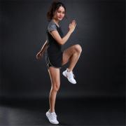 运动休闲两件套女跑步健身速干透气短袖短裤