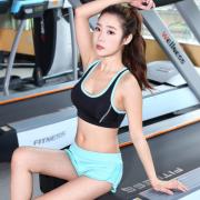 专业训练健身热裤 瑜伽裤 女短裤 透气跑