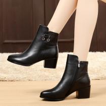 秋冬季女鞋粗跟短靴女春秋单靴踝靴真皮中跟