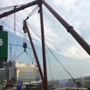 吊车设备搬运