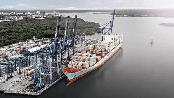 由于禁硫,马士基考虑2020年后选择LNG动力船