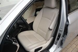 宝马5系驾驶员座椅