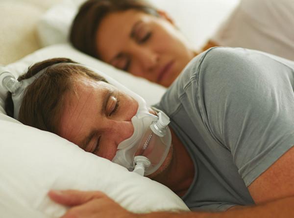 飞利浦伟康 DreamWear家用无创CPAP睡眠呼吸机全脸口鼻面罩带头带-思利浦商城5_副本.jpg