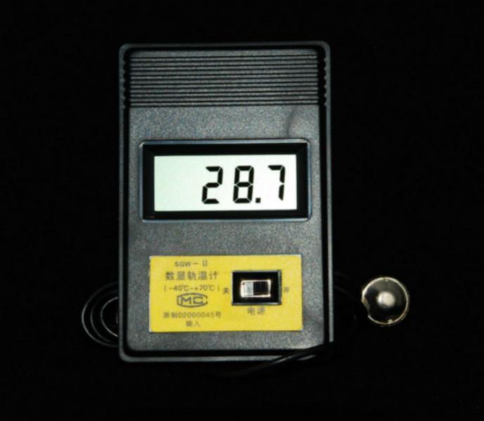钢轨测温计检定仪温场均匀性测量和分析