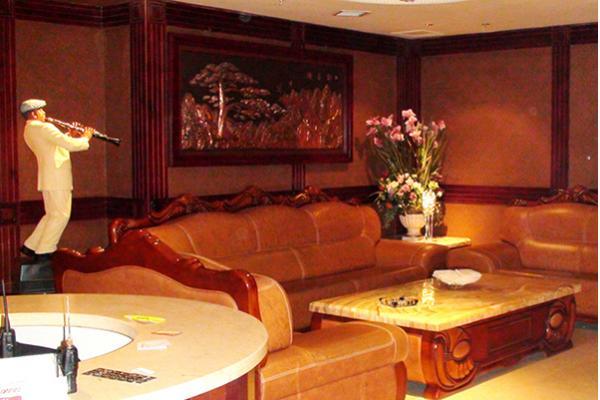 魔指仙境厦门滨北店舒适的宾客休息区-沙发茶几