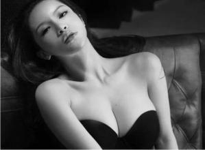 女人胸部审美