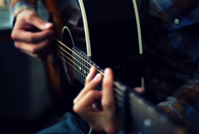 吉他培训.jpg