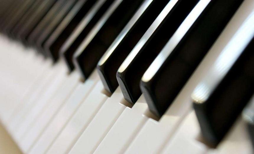 成人没有基础能学好钢琴吗?.jpg