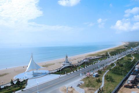 凤凰滩:海阳万米海滩浴场