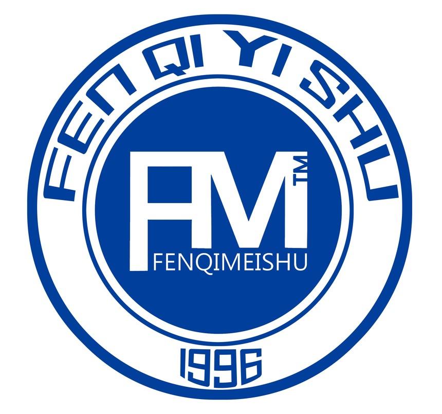 学校Logo.jpg