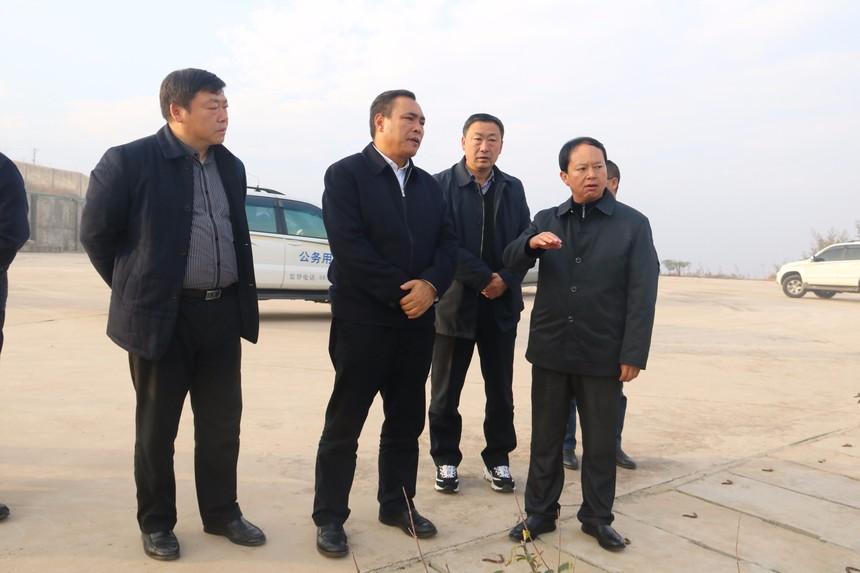 曲靖市市委常委、常务副市长杨中华到驰宏会冶调研指导IMG_2964.JPG
