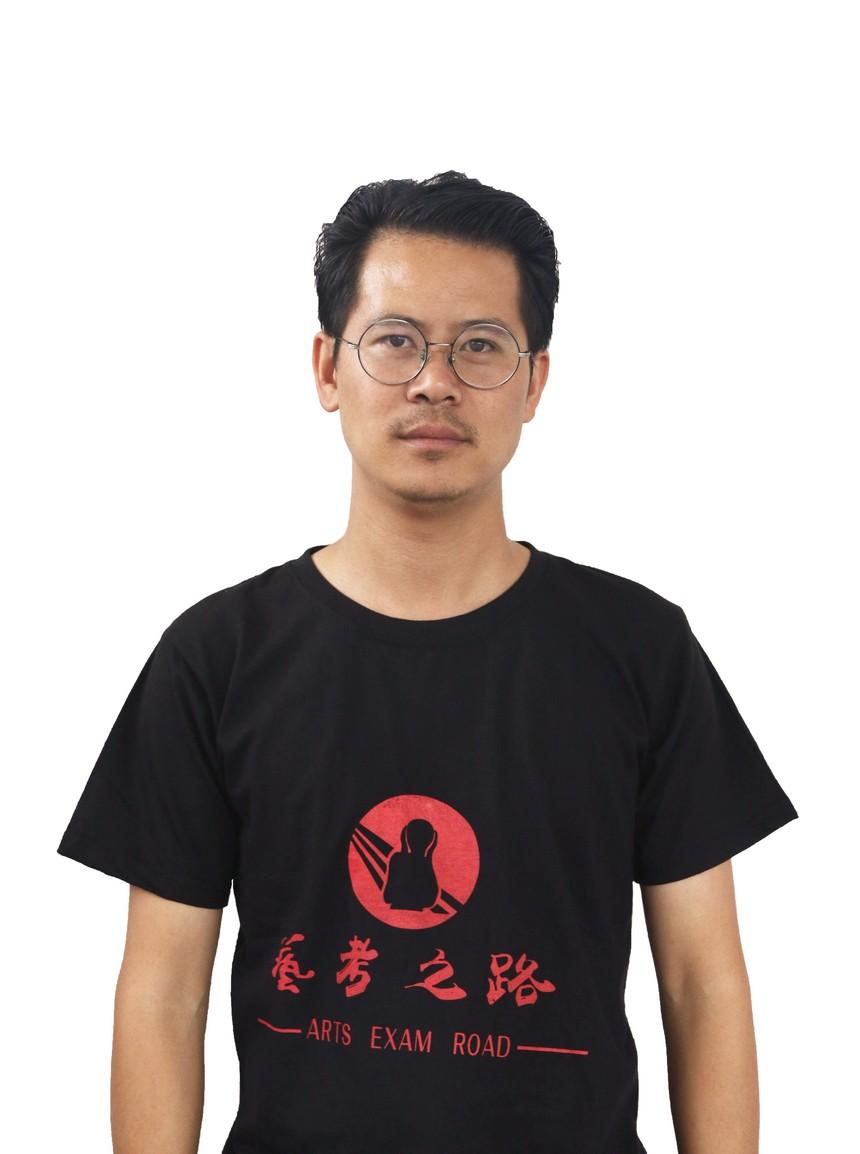 王忠华.JPG