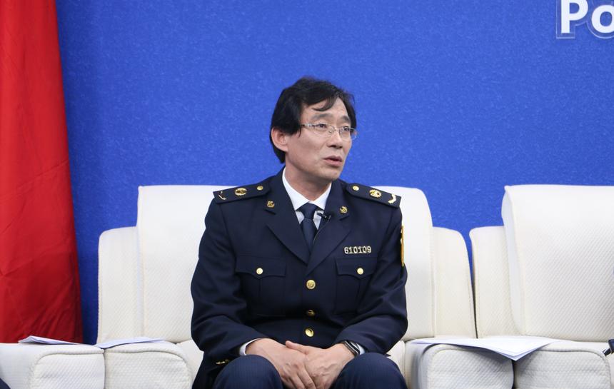 郑晓宏.png