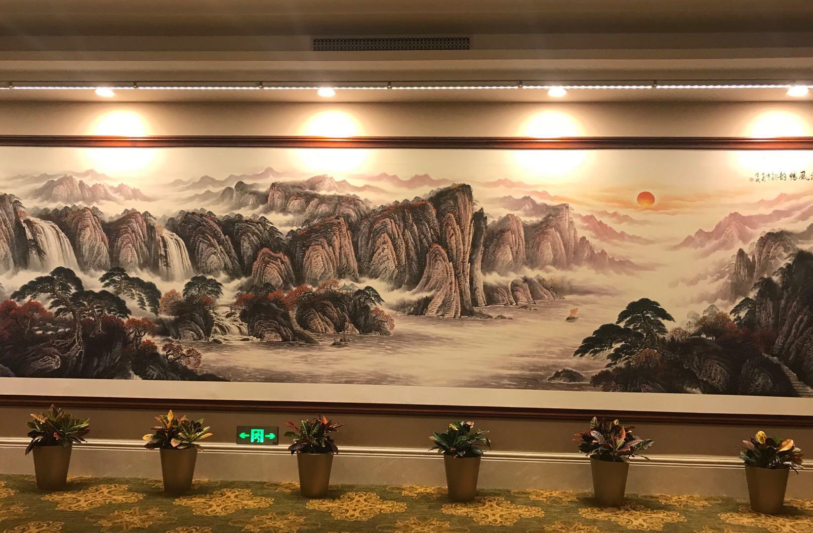 何学彬作品——国画《清风畅韵》被选挂于国二招宾馆