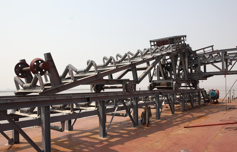 矿用皮带输送机
