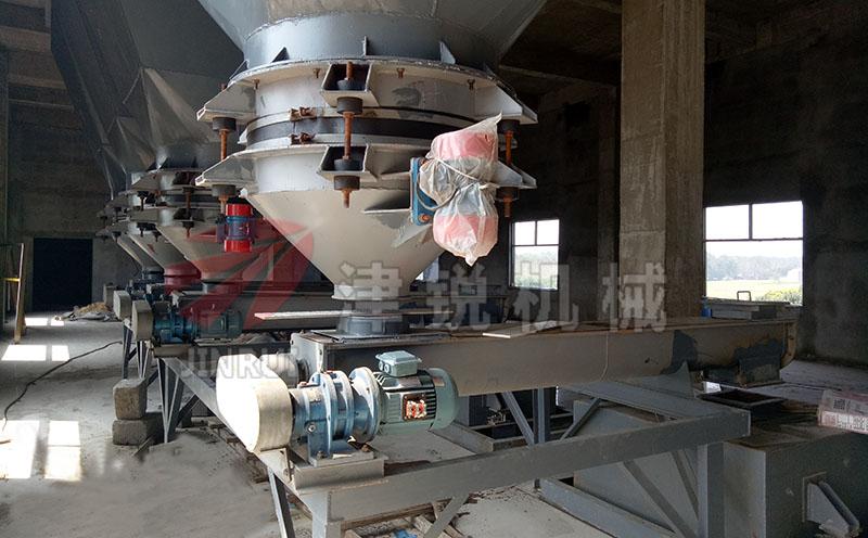 U型槽式螺旋输送机客户现场