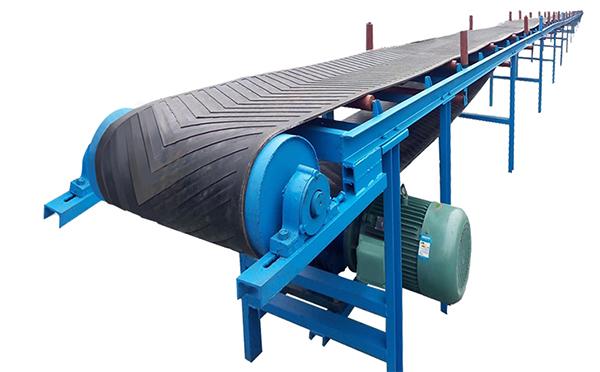 DT75型式带式输送机相对比较通用,一般输送物料的堆积密度会小一些,在化工厂用的多。