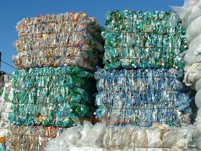 廢舊塑料回收.jpg