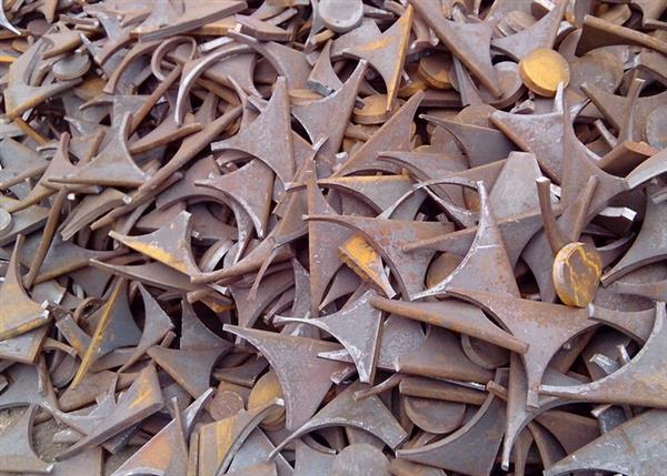 城阳废铁回收.jpg
