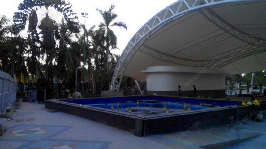 沙特游泳池膜结构
