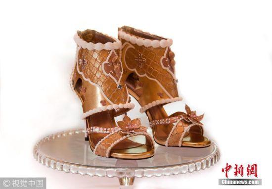 私人订制生日礼物 顾客庆生定制高跟鞋 镶满钻石价值1.3亿元