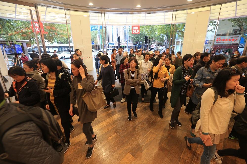 11月10日优衣库上海南京西路旗舰店提前一天开启双11购物狂欢3