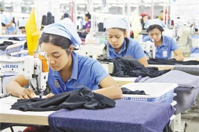 """""""一带一路""""为中缅服装工业合作带来发展机遇"""