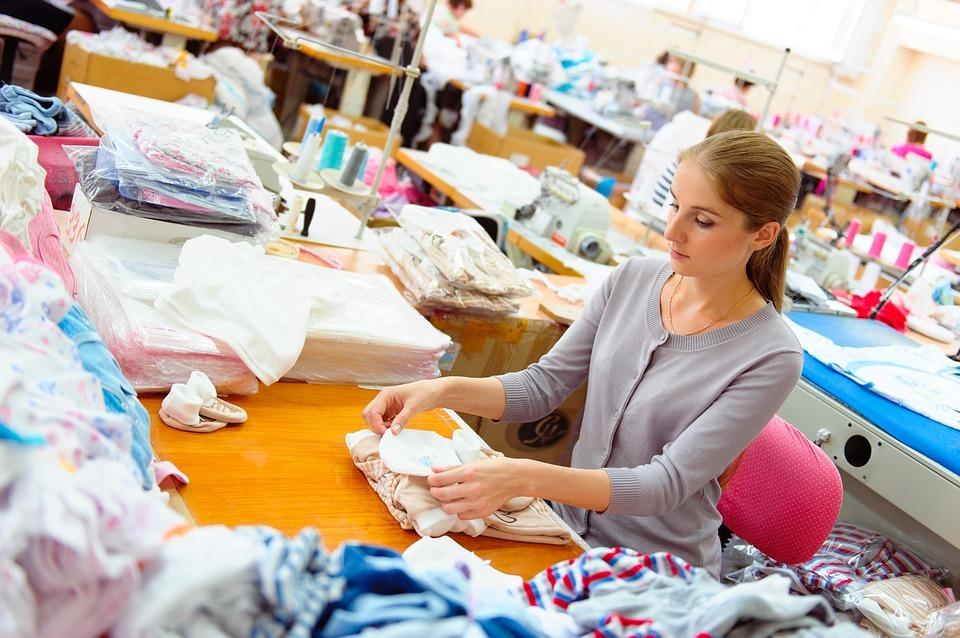 服装生产回流欧洲