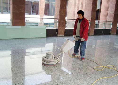 保洁公司石材翻新现场
