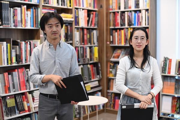 佳作书局经营者朱帅、林恬.JPG